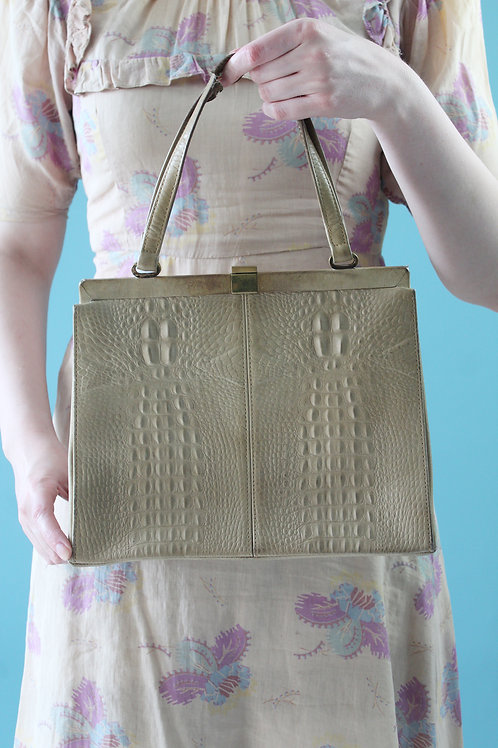 Lata sześćdziesiąte - torebka kuferek skórzana kremowa pseudo-krokodyl
