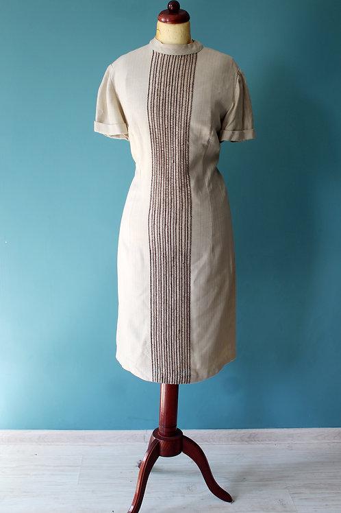 Lata sześćdziesiąte - lniana safari sukienka z ozdobnym panelem