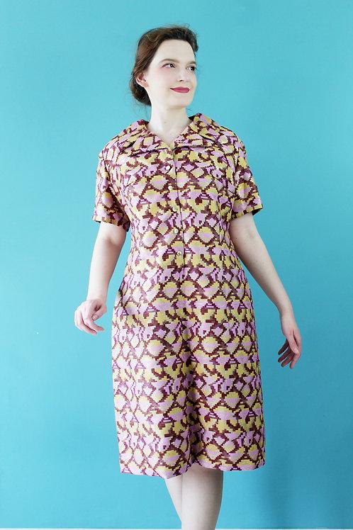 Lata sześćdziesiąte - wzorzysta bawełniana sukienka ze złotą nicią midi
