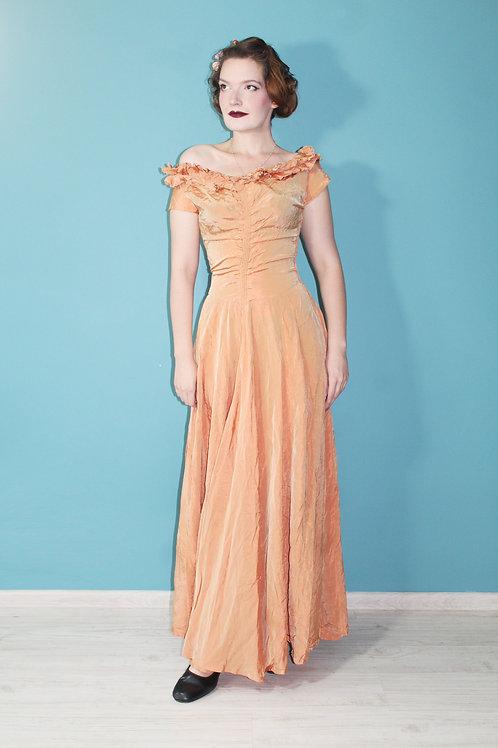 Lata czterdzieste - balowa złota suknia maxi acetatowa