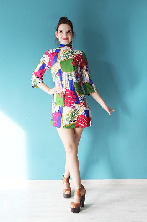 Lata sześćdziesiąte -Triumph - sukienka mini w stylu mod psychodeliczna