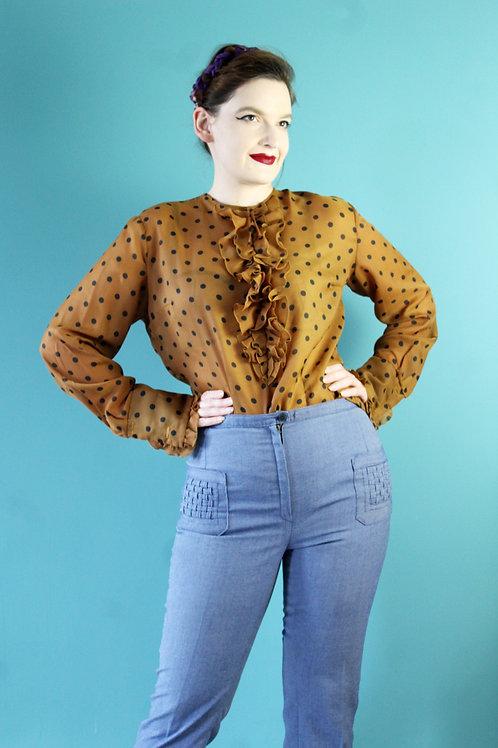 Lata siedemdziesiątw - musztardowa koszula w groszki