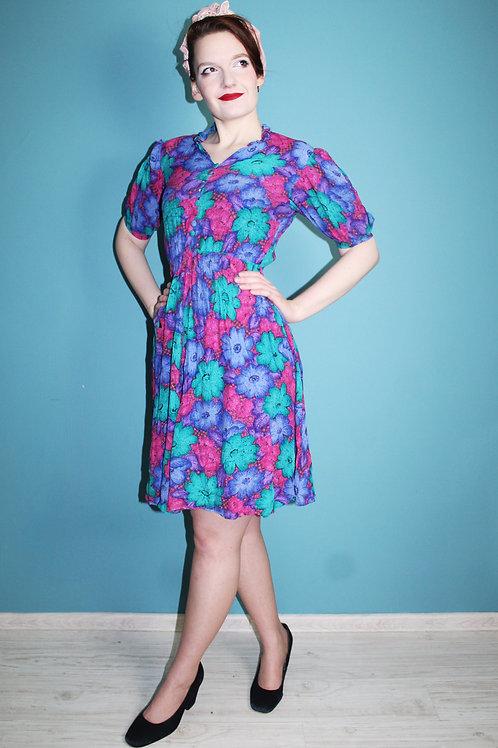 Lata osiemdziesiąte - wielobarwna wiskozowa sukienka