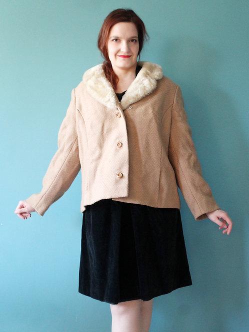 Lata pięćdziesiąte - plus size kurtka zimowa z kołnierzem filcowym kamel