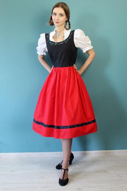 Lata pięćdziesiąte - ludowa sukienka ręcznie malowana rozkloszowana