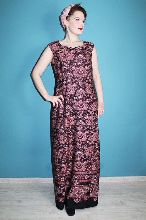 Lata sześćdziesiąte - maxi sukienka w paisley czarna