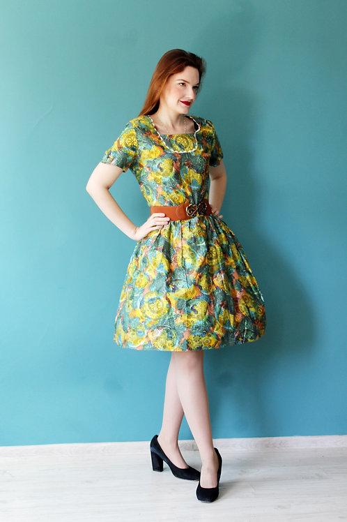 Lata pięćdziesiąte - bawełniana wzorzysta sukienka rozkloszowana
