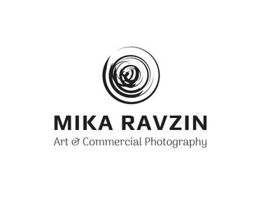 עיצוב לוגו לצלמת