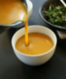 HEALTHY-7-Ingredient-Savory-Pumpkin-Soup