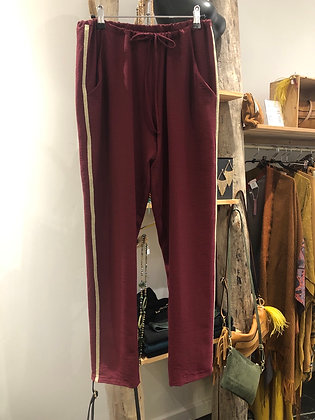 Pantalon jog chic bordeaux.