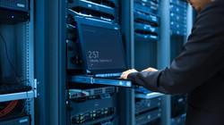 data-center-admin-777x437