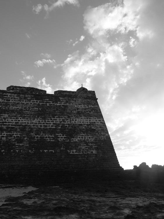 Mozambique_13x19