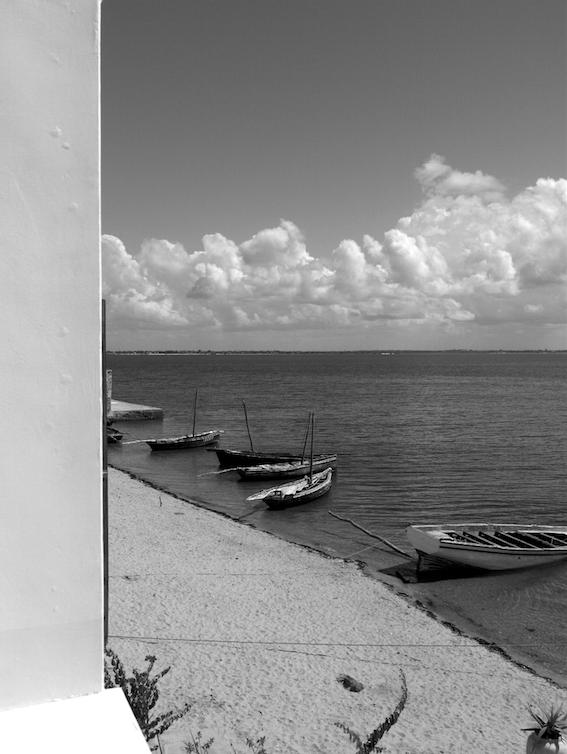 Mozambique2_22x30
