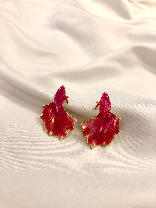 Brinco Peixe - Esmaltado Pink - Banhado a ouro