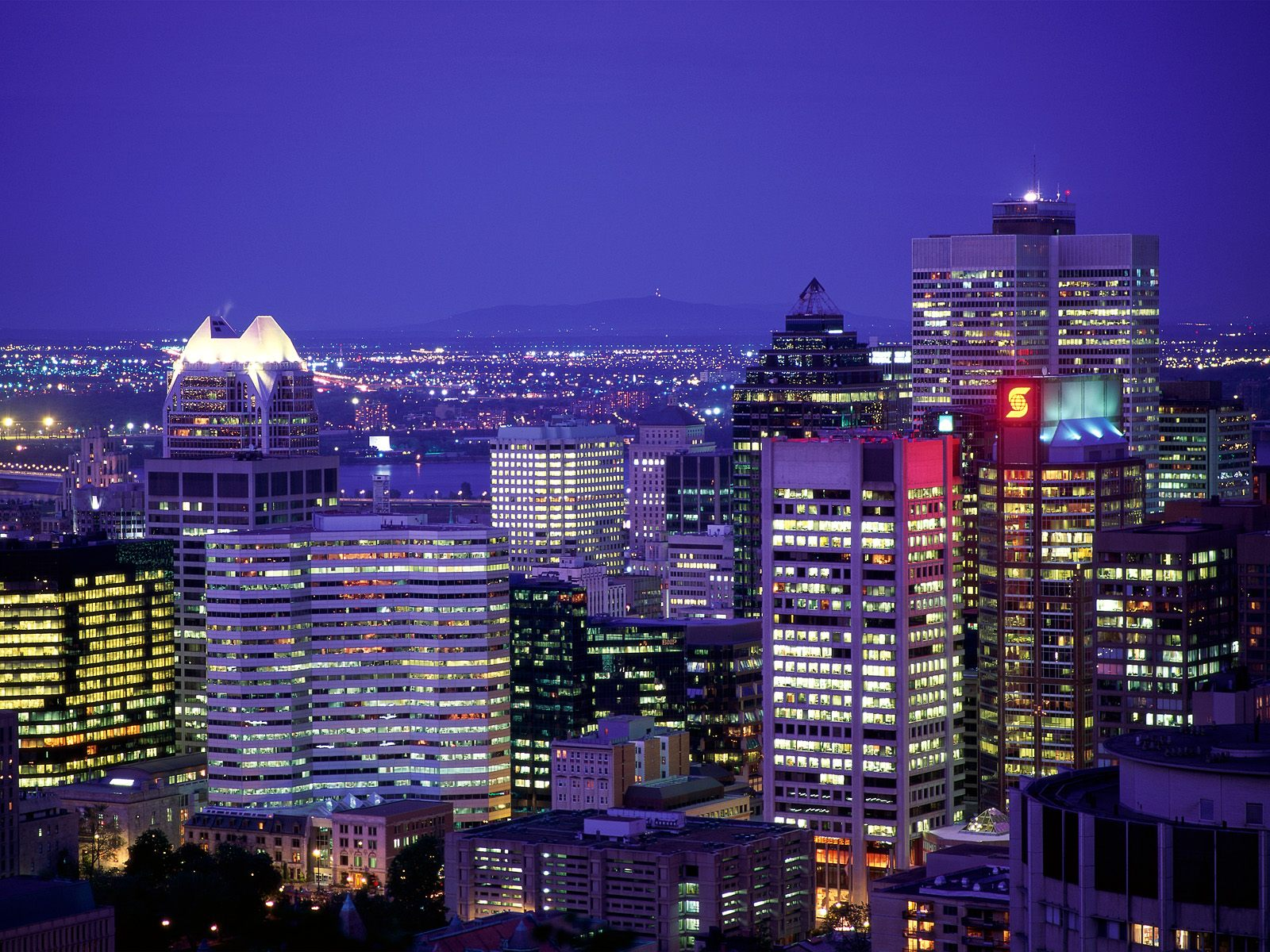 City Lights of Montreal, Quebec
