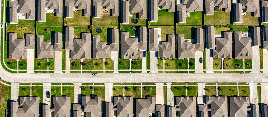 What You Should Know About Buying Property with an HOA