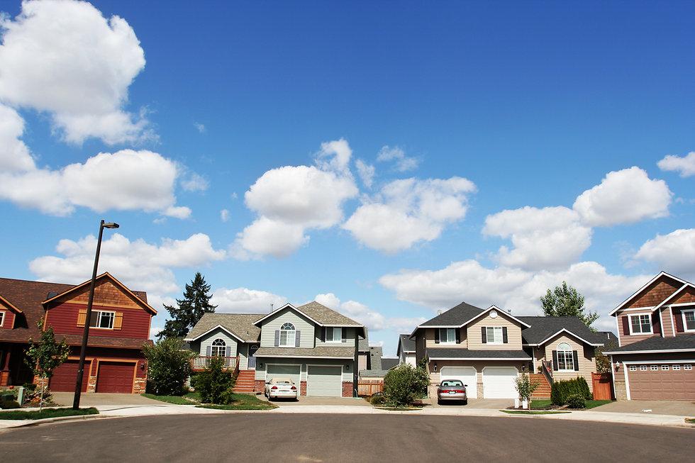 Row of Suburban Homes in a Cul-De-Sac