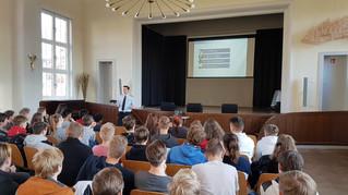 Bundeswehr Workshop mit einem Jugendoffizier