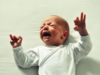 Que ce passe-t-il quand bébé pleure ?