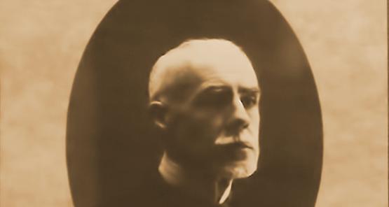 Retrato de estúdio (c. 1914)
