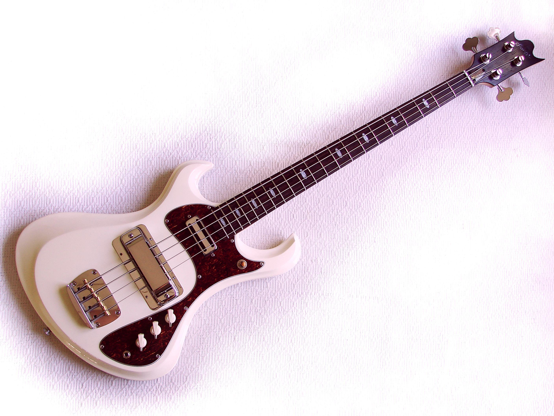 Tornado Bass