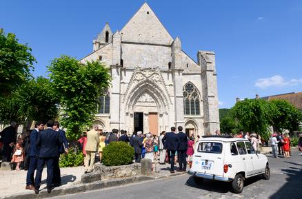 Le Coudray-Montceaux, Cérémonie religieuse