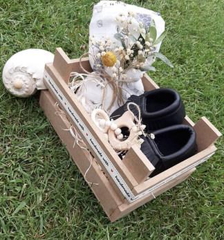 shoe box black.jpg