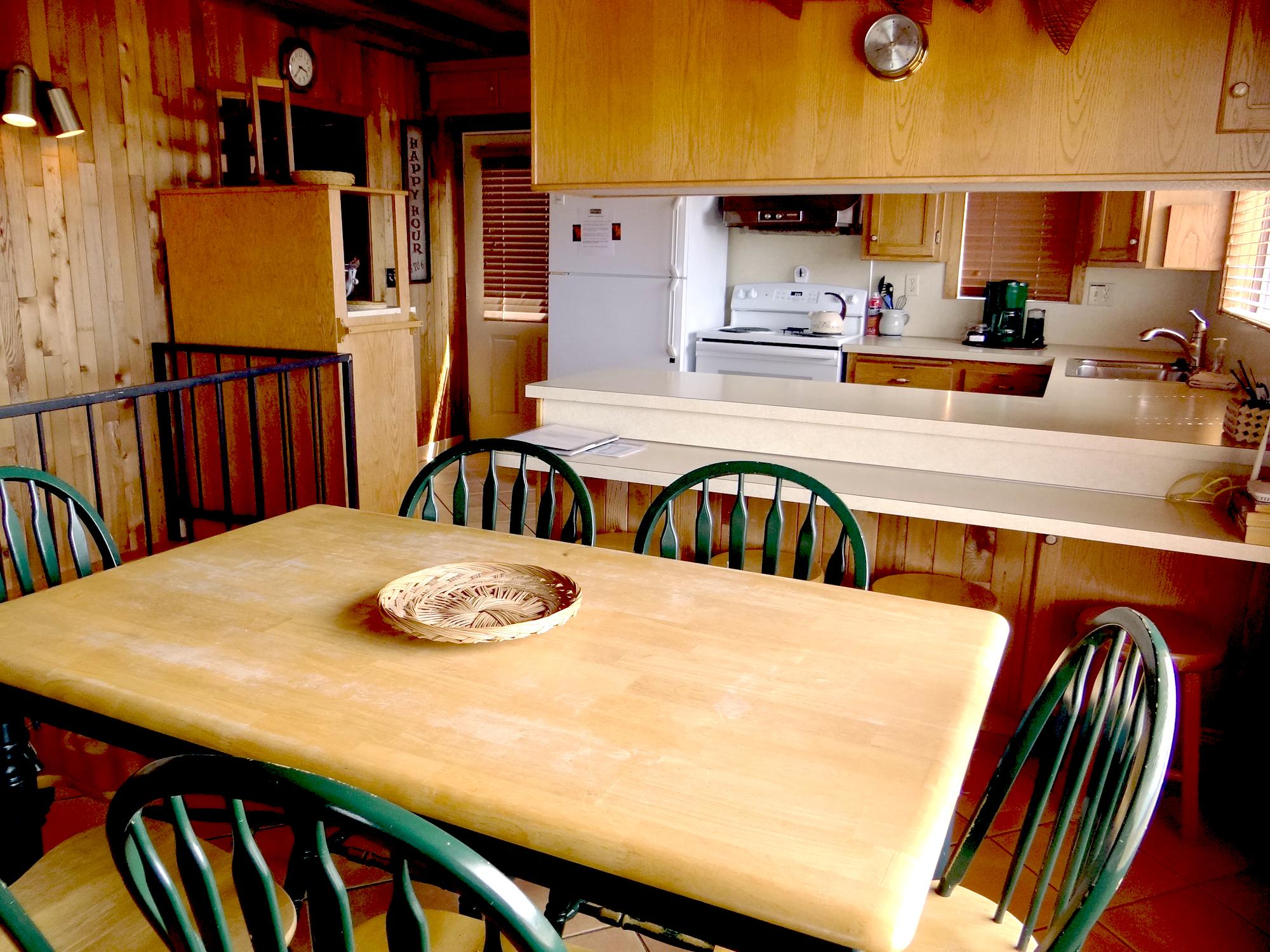 Corona Heights Dining kitchen