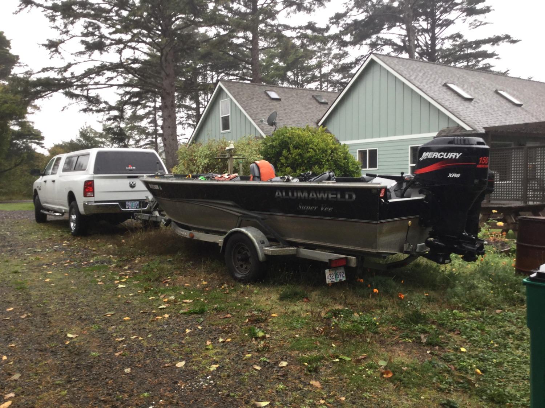 Seven Gables Boat/RV parking
