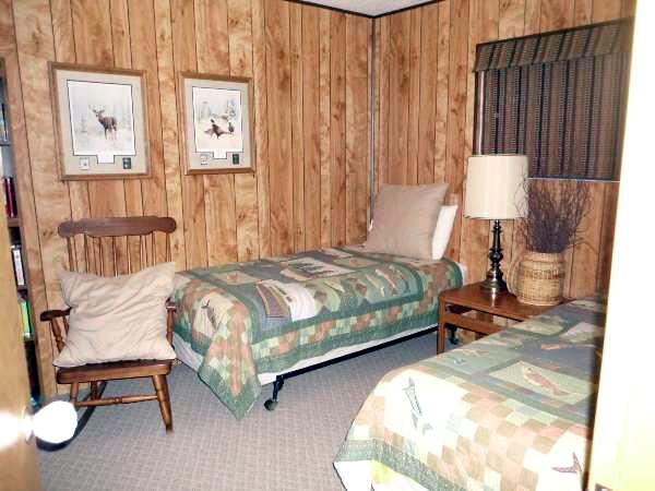 Corona Heights Twin Bedroom