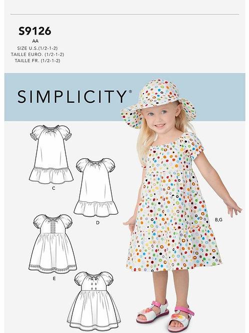Simplicity 9126  Kleinkindkleidchen