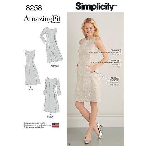 Simplicity 8258 tailliertes Kleid