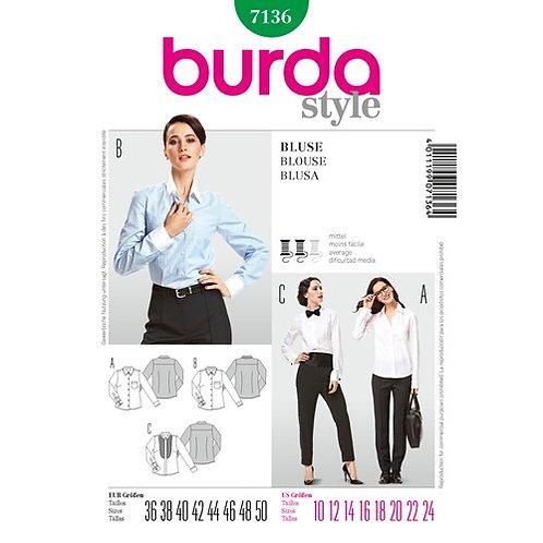 Burda 7136 Bluse im Vintage - Stil
