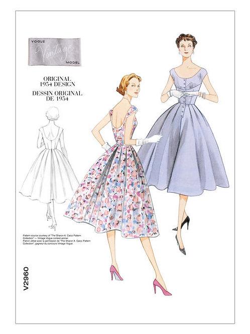 Vogue V2960 Nachmittagskleid mit Rundhalsausschnitt von 1954