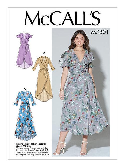 McCall's 7801 Kleid mit asymetrischem Saum