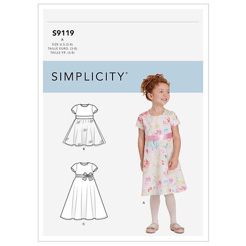 Simplicity 9119 Kleinkindkleidchen