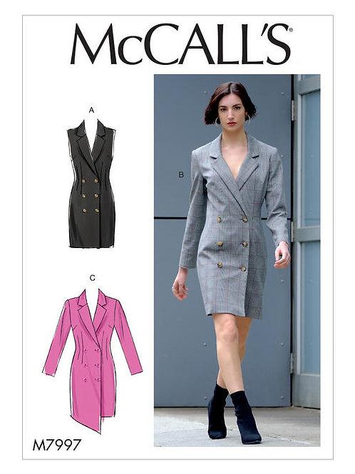 McCall's 7997 zweireihiges Kleid