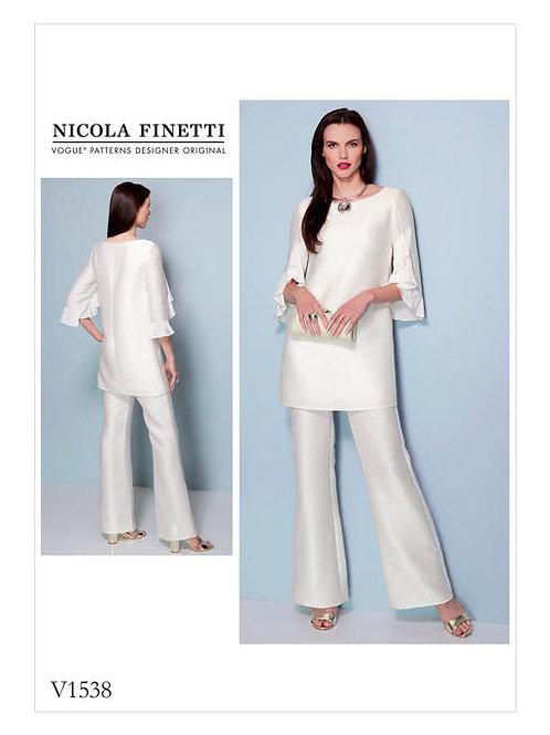 Vogue V1538 Tunika & Hose by Nicola Finetti
