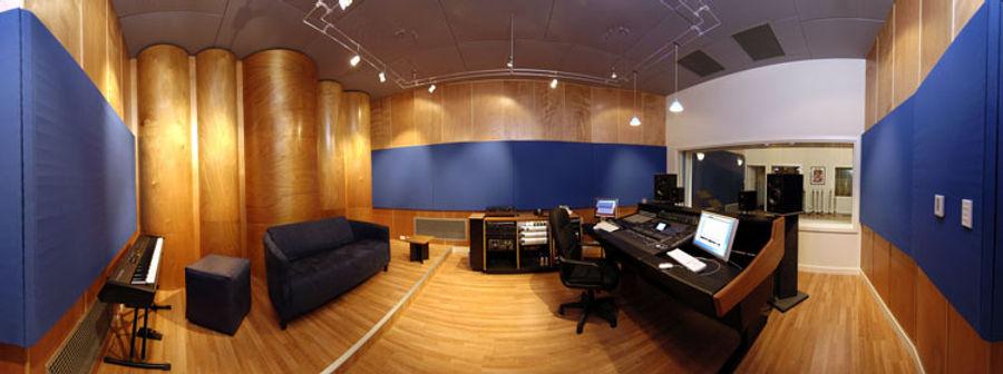 control-room-pan-1.jpg
