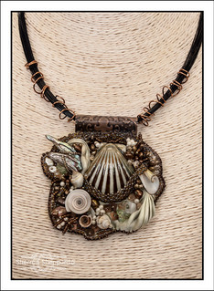"""""""Raised Texture Bead Embroidery"""" Necklace"""