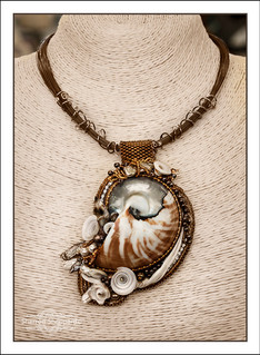"""""""Nautilus Shell""""  Raised Texture Bead Embroidery Necklace"""