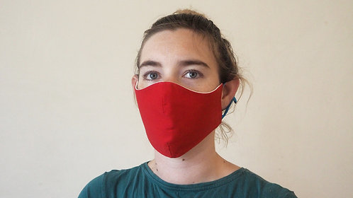Red face mask, with pocket