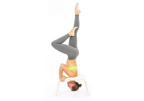 yoga-feetUp-l-attrezzo-che-vi-aiuta-a-fa