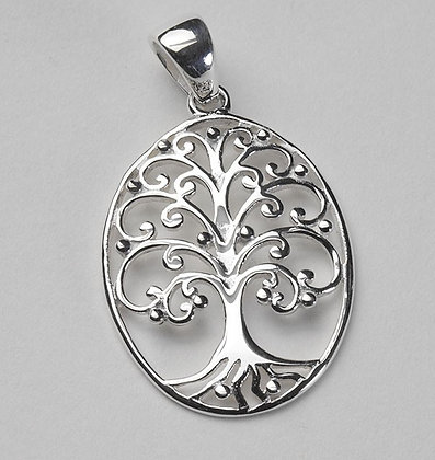 Southern Gates Collection Medium Oval Oak Tree Pendant