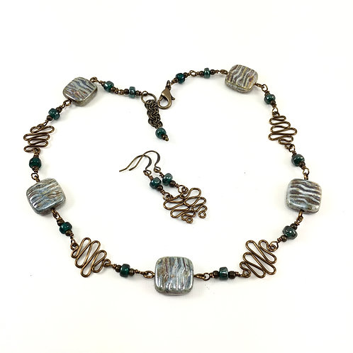Waves in the Sand Necklace Set