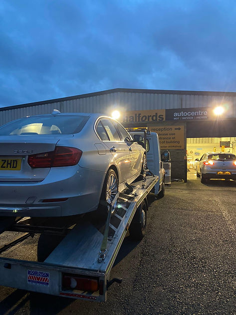 Roadside vehicle services and towing in London.jpg
