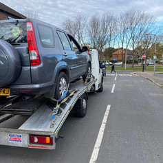 Large 4x4 recovery services in London