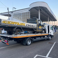 Commercial vehicle breakdown recovery services