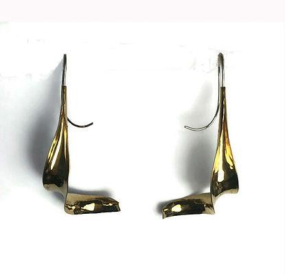 nu-gold earrings 1 FF.jpg