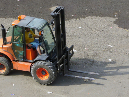 5 TIPS TO SAFELY WORK WITH A FORKLIFT